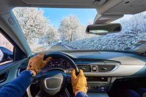 Winter Driving Toolkit You Need in Your Car During Winter
